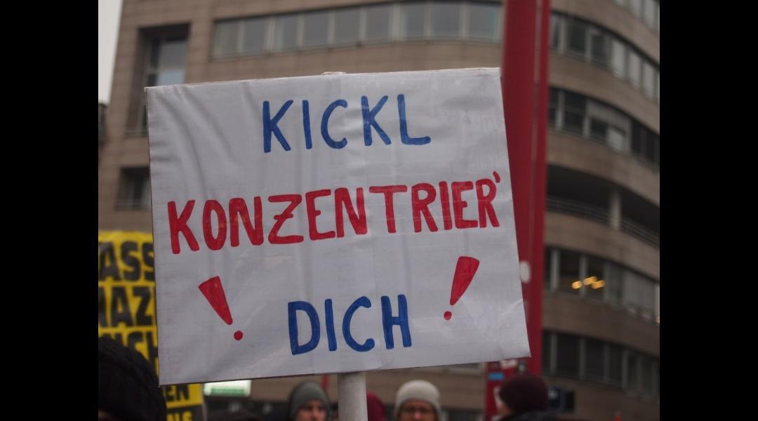 "Kickl ""konzentrier"" dich"